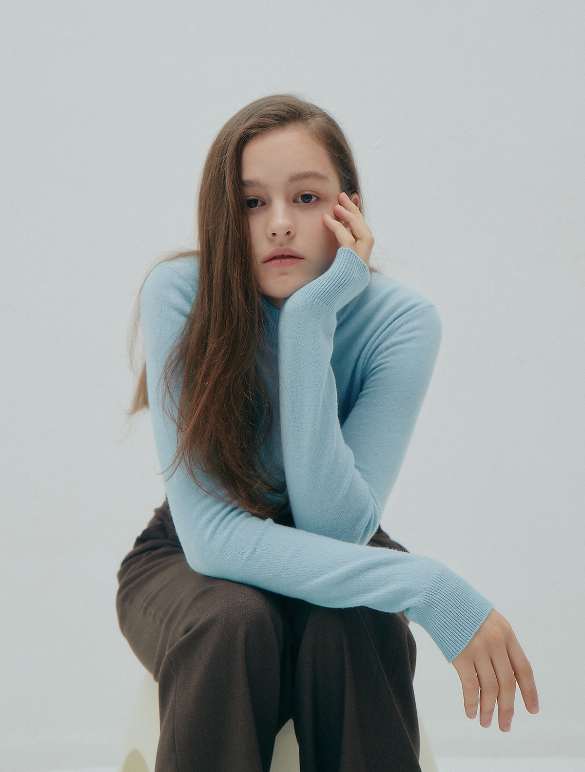 2nd REORDER · Cashmere Turtleneck Sweater (Blue)