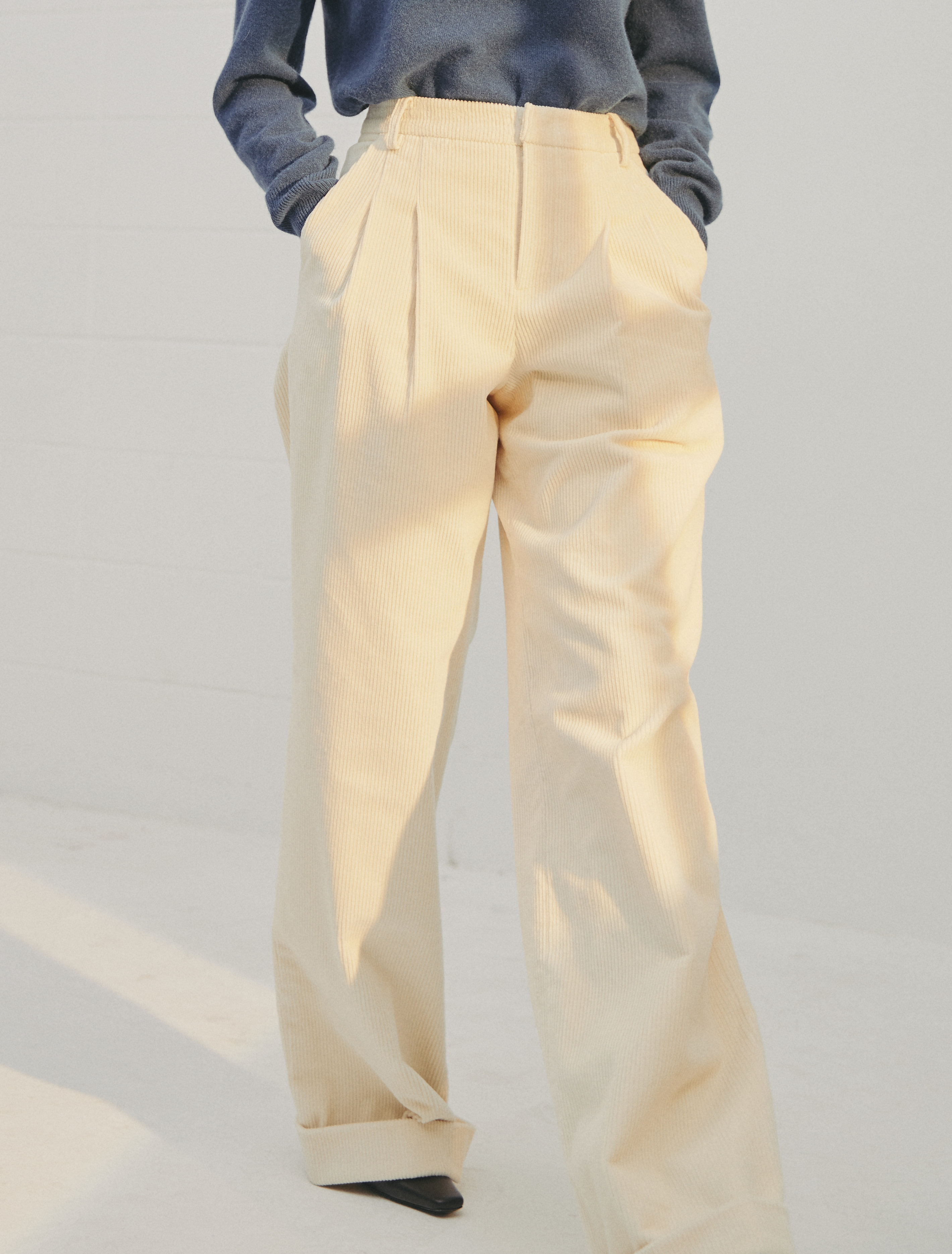 2nd REORDER · Cotton Corduroy Trousers (Ivory)